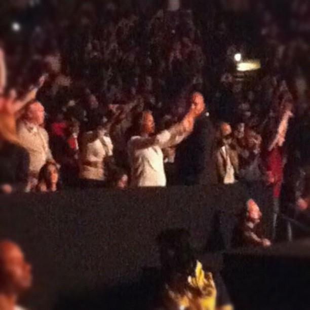 """Beyoncé au """"Watch The Throne"""" Tour Bey-at-watch-the-throne"""
