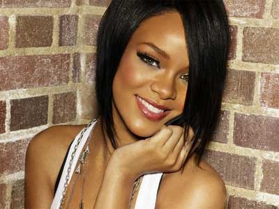 http://cdn.kysdc.com/files//2009/07/rihanna-brick-wall.jpg