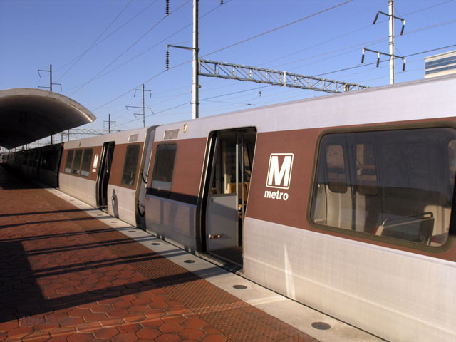 dc-metro-train. (Falls Church, VA) — Metro says the man struck and killed by