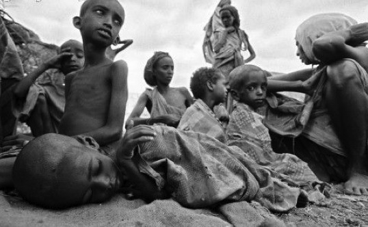 http://cdn.woldcnews.com/files//2009/08/hungry-african-children.jpg